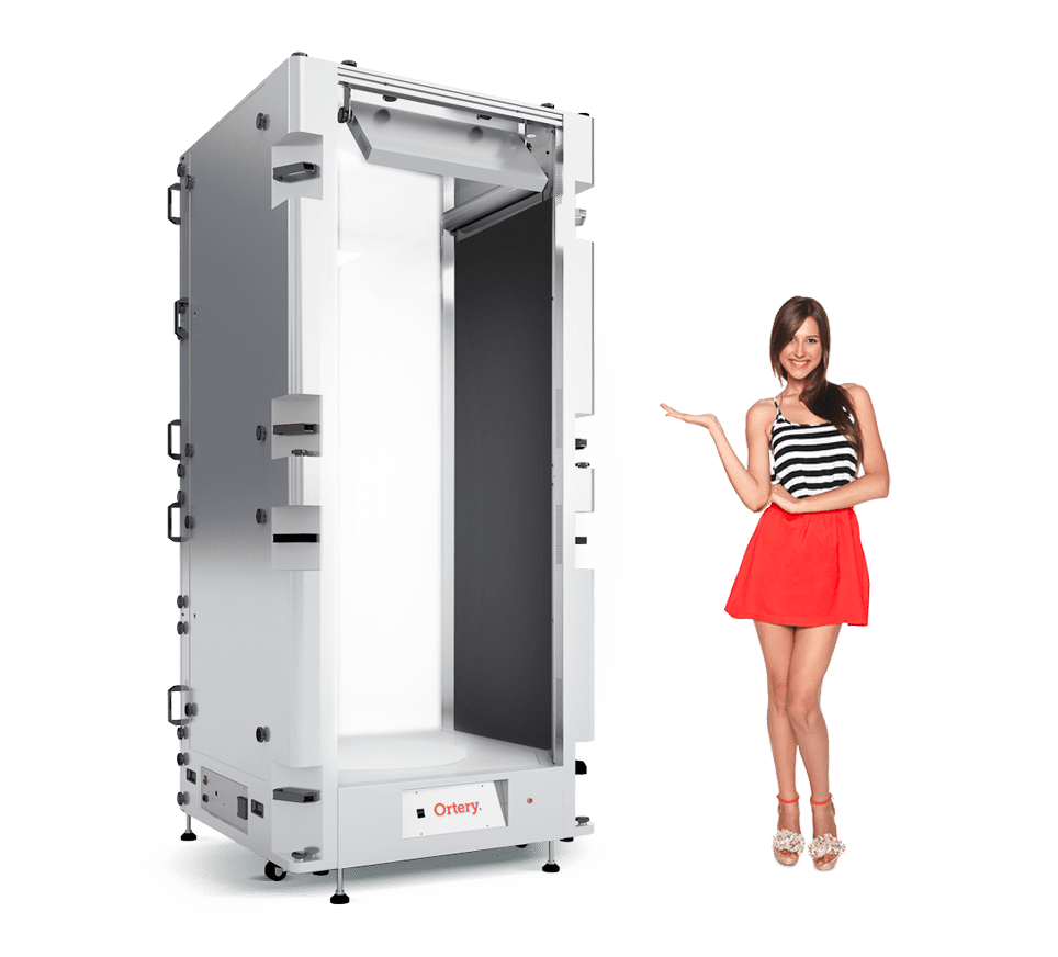Ortery PhotoSimile 430 light box and photography software are ideal for model and mannequin photography