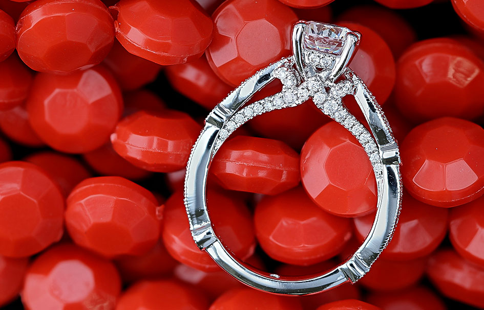 ortery-jewelry-photography-lightbox-lifestyle-ring-example