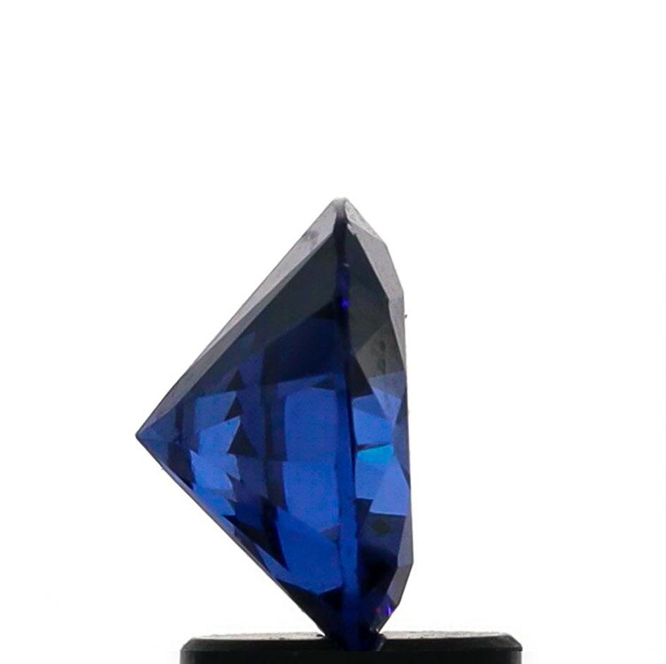 ortery-jewelry-photography-lightbox-loose-gemstone-example