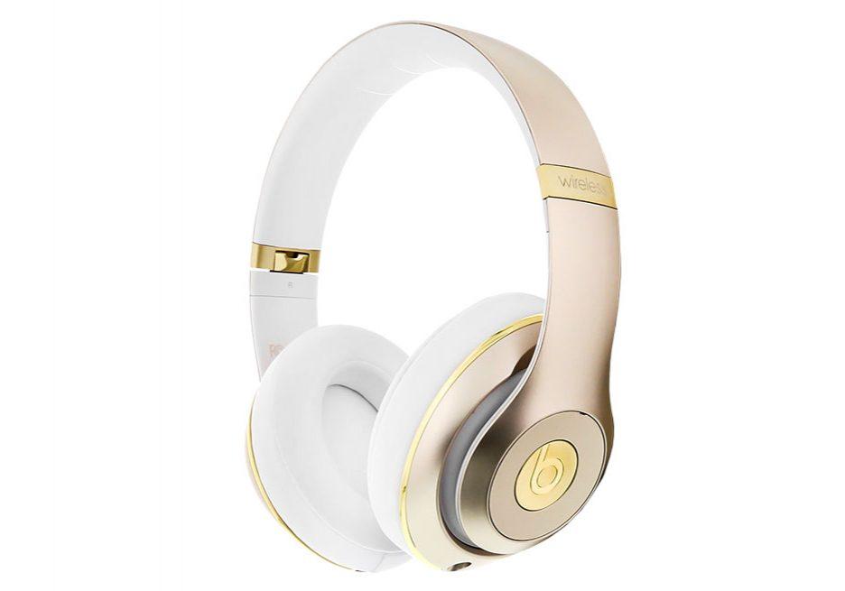ortery-pure-white-beats