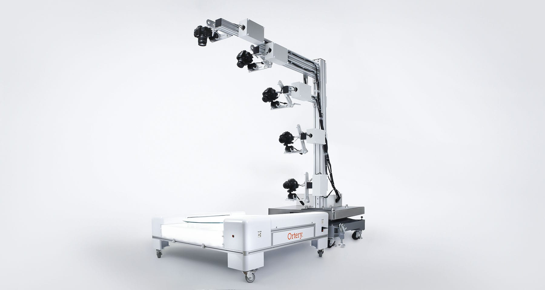 Add an Ortery 360 turntable to our 3D MultiArm system to create and automate 3D product photography